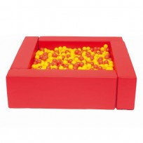 BALL POOL AND SOFT SQUARE RED DIM CM. 140x140x41 (h)